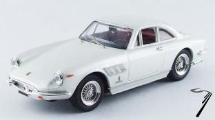 Ferrari . GTC blanc perlé 1/43