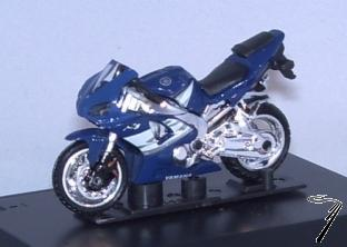 Yamaha YZF-R1 couleurs variables  1/43