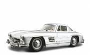 Mercedes . Couleurs Variables 1/24