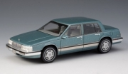 Buick . T metallic blue - limited and numbered edition 1/43
