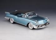Cadillac . Biarritz cabriolet fermé bleu métallisé 1/43