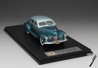 Cadillac . Touring Sedan turquoise 1/43