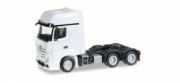 Mercedes . Gigaspace 6x4 white 1/87