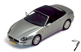 Maserati Spyder Cambiocorsa _ boite vitrine légèrement fendue Spyder Cambiocorsa 1/43