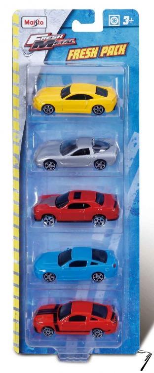 Divers . Set de 5 voitures assorties (modèles celon arrivages) 1/72