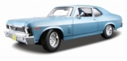 Chevrolet . couleurs variables  1/18