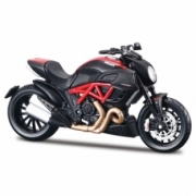 Ducati Diavel Carbon  1/12
