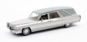 Cadillac . véhicule funéraire argenté 1/43