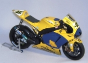 "Yamaha YZR - M1 ""End of race Version""   1/12"