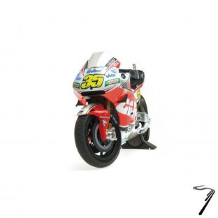 Honda RC213V 1er moto GP Brno  1/12