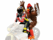 Divers GP 250 Barcelone (with Chicken)  1/12