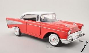 Chevrolet . rouge/blanc 1/24