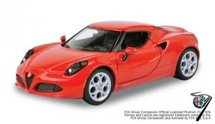 Alfa Romeo . rouge 1/24