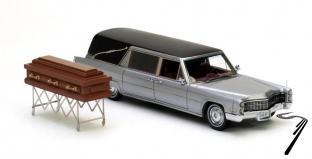 Cadillac . S&S corbillard argent/noir avec cercueil 1/43