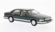 Buick . Park avenu metallic dark green 1/43