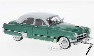 Cadillac . Touring sedan vert métallisé/gris 1/43