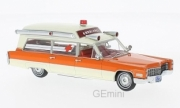 Cadillac . S&S blanc/orange Ambulance 1/43