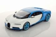 Bugatti Chiron bleu clair Bugatti sport / blanc glacier bleu clair Bugatti sport / blanc glacier 1/18