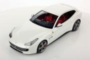 Ferrari GTC4 Lusso blanc Italien blanc Ialien 1/18