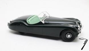 Jaguar . OTS cabriolet vert 1/12