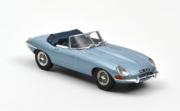 Jaguar . Bleu Métallisé 1/43