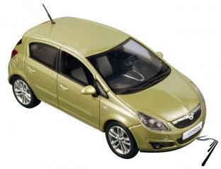 Opel . 5 Portes vert 1/43