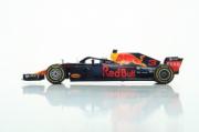 Red Bull RB14 1er GP Chine  1/18