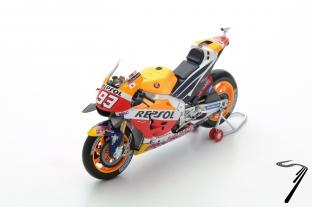 Honda RC213V 1er GP Japon - Champion du monde  1/12