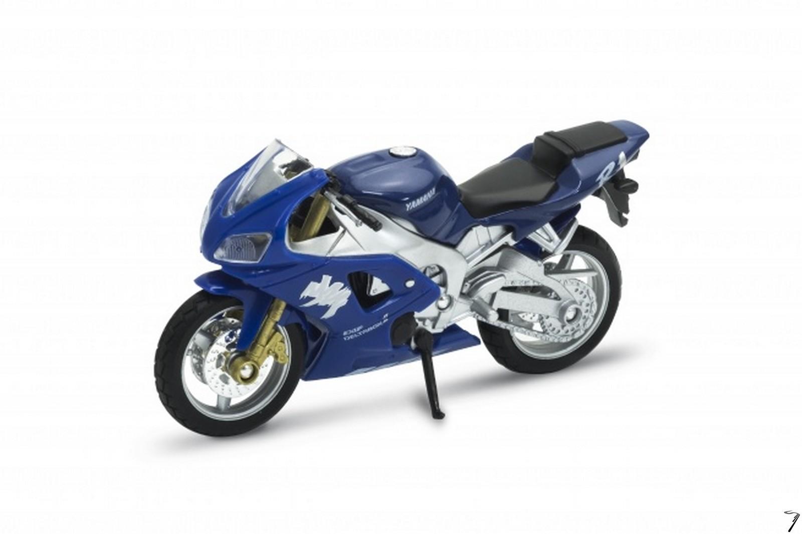 Yamaha YZF-R1  1/18