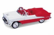 Oldsmobile . convertible red 1/24