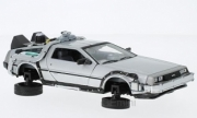 De Lorean . Back to the futur II - version volante 1/24