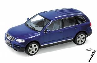 Volkswagen . bleu foncé  1/24