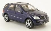 Mercedes . 350 (W164), bleu foncé 1/24