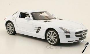Mercedes . AMG blanc 1/24