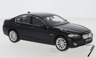 BMW . i (F10) noire 1/24