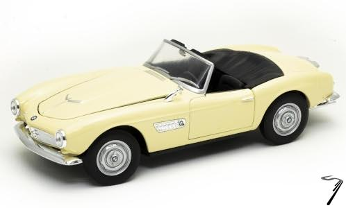 BMW . Cabriolet Crème 1/24