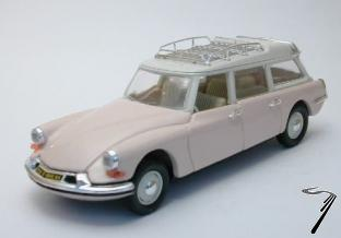 Citroen . 19 Break Beige 1/43