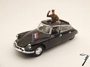 Citroen . 19 Général de Gaulle 1/43