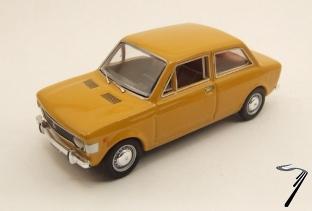 Fiat . 2 Portes Jaune 1/43