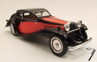 Bugatti . T50 rouge / noire 1/43