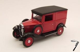 Fiat . Balilla rouge/noire 1/43