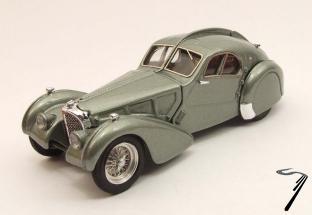 Bugatti . Atlantic vert métallisé 1/43