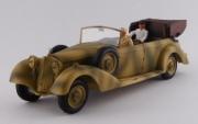 Mercedes . Africa Korps avec figurine Rommel et chauffeur 1/43