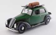 Fiat . vert/noir porte bagage avec ski 1/43