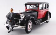 Bugatti . Royale avec figurine M. Bugatti 1/43