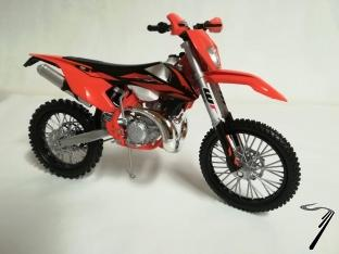 KTM 300 EXC TPI   1/12