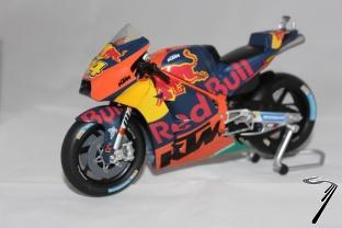 KTM RC 16 Red Bull Moto GP  1/12