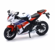 Honda CBR 1000RR couleurs variables  1/12